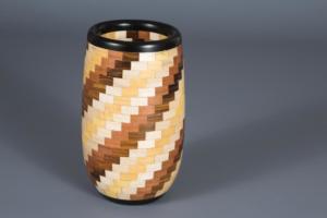 Vase segmenté